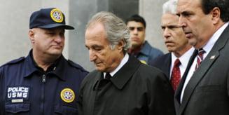 Doi complici ai lui Bernard Madoff, arestati pentru implicarea in schema Ponzi