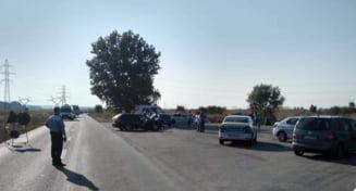 Doi copii de 2 si 4 ani, raniti intr-un accident produs in afara comunei Plesoiu