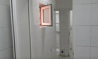"""Doi elevi au facut sex in toaleta scolii generale. Directorul este acuzat ca a incercat sa ascunda cazul: """"Putin s-a musamalizat"""""""