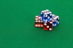 Doi farmacisti au folosit la jocuri de noroc datele unui client