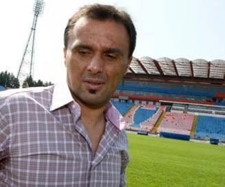 Doi fosti fotbalisti romani s-au certat in direct la TV (Video)