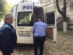 Doi olteni urmariti international, prins de politistii din Dolj. Barbatii, cautati de autoritatile judiciare din Italia si Germania
