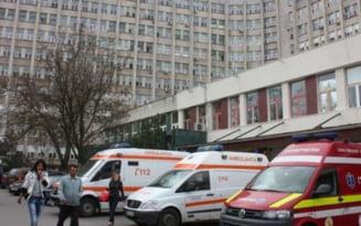 """Doi pacienti au murit asteptand un loc la ATI COVID-19 Craiova. """"Parca suntem pe front. Suntem coplesiti"""""""