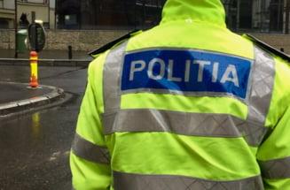 Doi politisti au murit intr-un accident rutier, pe un drum judetean din Braila