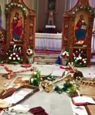 Doi romani au fost retinuti pentru ca au devastat o biserica din Italia, in ziua de Paste