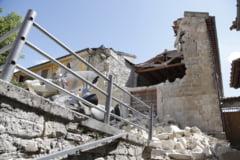 Doi romani au murit in cutremurul din Italia. Bilantul mortilor a ajuns la 247