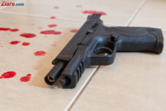 Doi tineri au fost gasiti impuscati intr-un bar din Arad UPDATE
