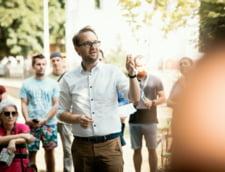 """Dominic Fritz se opune hotararii consilierilor locali privind publicarea diplomelor sefilor din primarie: """"Este vorba despre un razboi politic penibil"""""""