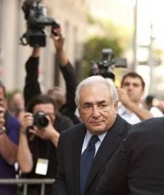 Dominique Strauss-Kahn, numit sef la o banca cu operatiuni si in Romania