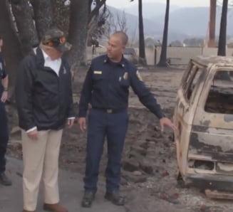 Donald Trump a mers in mijlocul incendiilor din California. Sunt aproape 80 de morti si peste 1.200 de disparuti (Video)