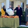 Donald Trump l-a gratiat pe curcanul Corn in timpul ceremoniei anuale prilejuita de Ziua Recunostintei