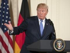 "Donald Trump sugereaza ca FBI ""s-a infiltrat"" in campania sa"