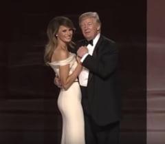 Donald si Melania Trump au dansat cu militarii, la cele 3 baluri de investire (Video)