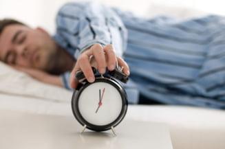 Dormi dezbracat si foloseste sprayul cu levantica - ce alte lucruri sa faci pentru un somn linistit