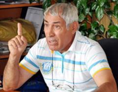 Dosar penal cu autor necunoscut in cazul primarului din Barasti, batut la un meci de fotbal