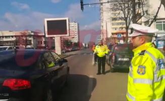 Dosar penal pentru ca a oprit circulatia in centrul orasului Vaslui in timpul protestului #sieu: Mi s-a stricat masina