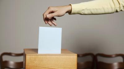 Dosar penal pentru frauda electorala la Galati, dupa ce la o sectie s-au gasit neconcordante intre numarul votantilor si cel al buletinelor de vot