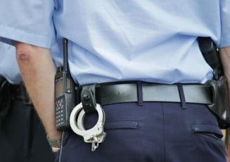 Dosar penal si amenzi dupa o inmormantare cu zeci de participanti, langa Timisoara