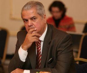 Dosarul lui Adrian Nastase vizeaza infractiuni de drept comun, nu politice