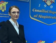 Doua asociatii de magistrati ii cer Liei Savonea sa nu forteze o sedinta diseara: Vom alerta toate organizatiile internationale!