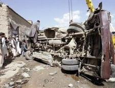 Doua atentate in Afganistan, inclusiv la o baza NATO: 8 morti si 11 raniti