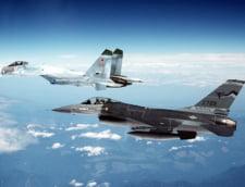 Doua avioane de vanatoare rusesti Su-27 au interceptat doua bombardiere americane B-52H deasupra Marii Negre
