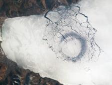 Doua cercuri uriase au aparut pe suprafata lacului Baikal