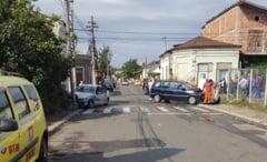Doua masini avariate, in urma unui accident produs pe strada Miron Costin