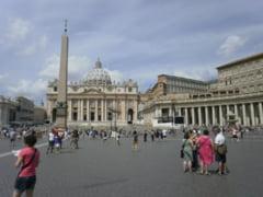 Doua picturi vechi de jumatate de mileniu, descoperite din intamplare la Vatican