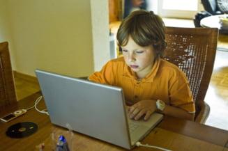 Dragi parinti, supravegheati-va copiii pe Internet! Riscurile sunt mari, traumele pe masura Interviu