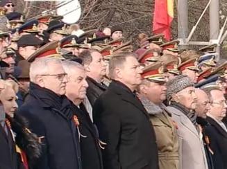 Dragnea si Tariceanu au participat la parada desi au spus ca nu merg. Seful PSD zicea ca nu-l lasa medicul