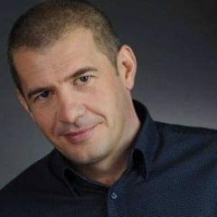 Dragos Patraru pleaca de la televiziunea publica: TVR si-a dat jos chilotii!