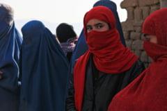 """Drama femeilor din Afganistan: """"Îmi este teamă pentru viața mea. Sunt sigură că nu voi supraviețui aici"""" VIDEO"""