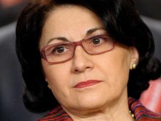 Dreptatea doamnei Andronescu - (Opinii)
