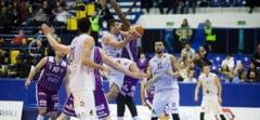 Dueluri tari sub panou la turneul de baschet masculin Cupa Timisoara