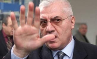 """Dumitru Dragomir anunta ca va contesta decizia de invalidare a mandatului sau de consilier: """"Ma duc pana la ONU"""""""