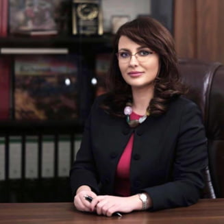 Dupa 3 luni la sefia Agentiei Medicamentului, Adriana Cotel a fost numita sefa la Casa Nationala de Sanatate