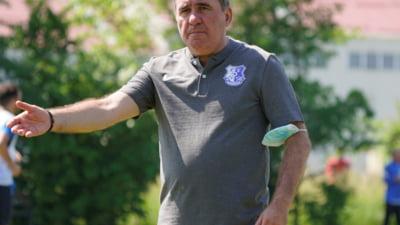 Dupa 40 de ani, Hagi a purtat din nou sigla Farului pe piept: l-a luat in lot si pe baiatul lui Gica Popescu