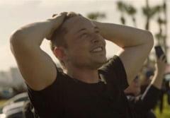 Dupa Tesla si SpaceX, Musk vrea sa deschida o fabrica de bomboane