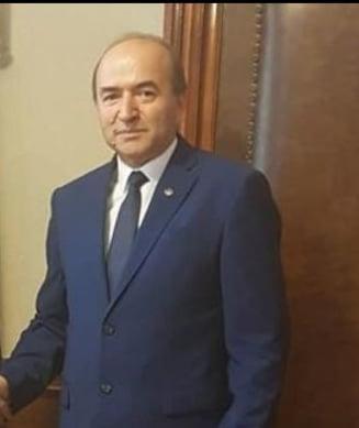 Dupa acceptul Comisiei de la Venetia, Toader ar urma sa trimita azi la CSM proiectul de OUG pentru modificarea Legilor Justitiei