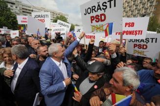 Dupa ce Dragnea a vazut batrani batuti de protestatari Ia Iasi, Jandarmeria cauta dovezile. La Politie nu exista nicio plangere