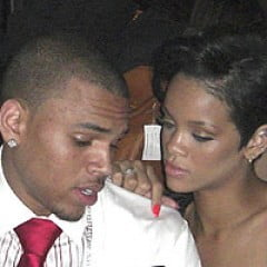 Dupa ce a mancat bataie, Rihanna s-a maritat cu Chris Brown