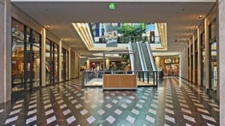 Dupa doua luni de restrictii, Bulgaria va redeschide mall-urile incepand de luni