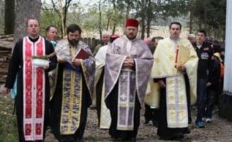 Dupa fapta si rasplata: Ponta vrea sa dea imobile gratuite preotilor care au facut campanie pro PSD