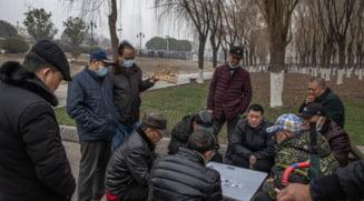 Dupa un an de la primul lockdown din lume, viata in Wuhan a revenit aproape la normal. Oamenii au iesit in baruri si in parcuri, fara a purta masca