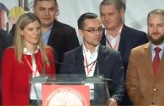 Dupa un congres cu scandal si o demisie, TSD si-a ales liderul (Video)