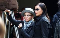 Dus rece pentru Madonna: a fost fluierata copios la Londra