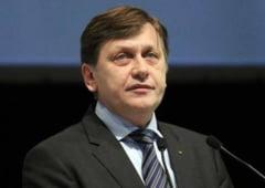 E oficial - Antonescu: Referendumul, odata cu europarlamentarele. Cum schimba legea electorala