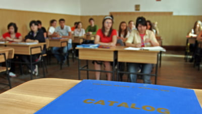 E oficial: Peste 90 la suta dintre elevi s-au inscris la ora de religie