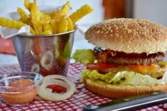 E suficient sa mananci doua saptamani de la fast-food si uite ce se intampla in organism. Efectul in cazul unei populatii din Africa rurala
